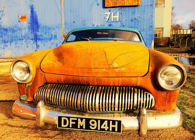 old car at stirling cables estate