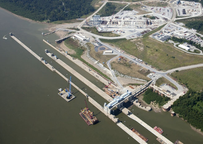 Olmsted Locks and Dam construction on Ohio River
