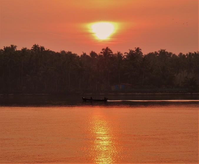 goa-river-sunrise
